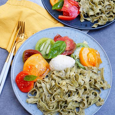 Rubans ail basilic, tomates, mozzarella